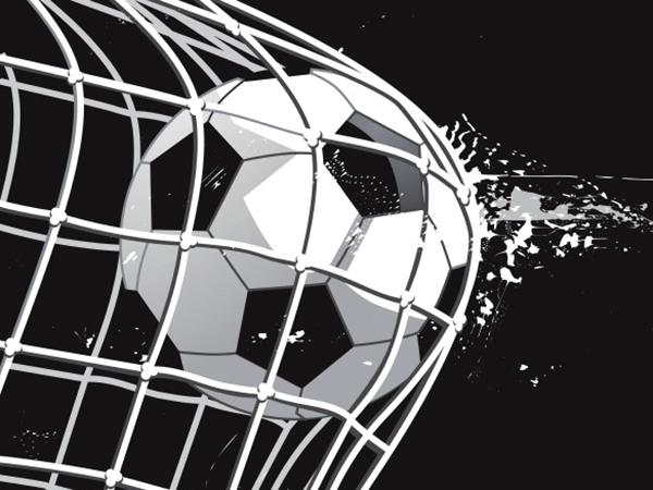 Entdecken Sie brandaktuelle Fusball-Bilder und -Videos hier